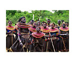Kenya (Woman dancing)